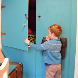lit mezzanine - cabane - dressing, famillesardine.com la famille sardine, slow life, vie minimaliste, tiny house 5