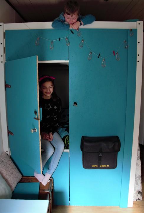 lit mezzanine - cabane - dressing, famillesardine.com la famille sardine, slow life, vie minimaliste, tiny house